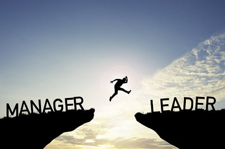 differences leader manager